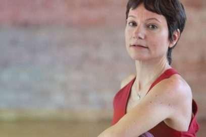 Banu Çadırcı ile 7 Çakra 7 Uygulama – Banu Çadırcı ile Yoga Terapi