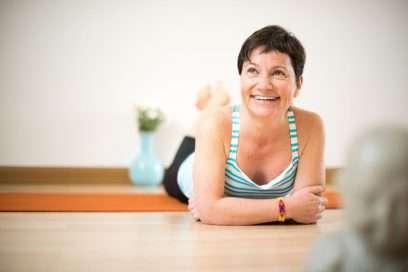 Kök Kapısını Uyandırmak / Pelvis Bölgesini Farketmek – Banu Çadırcı ile Yoga Terapi
